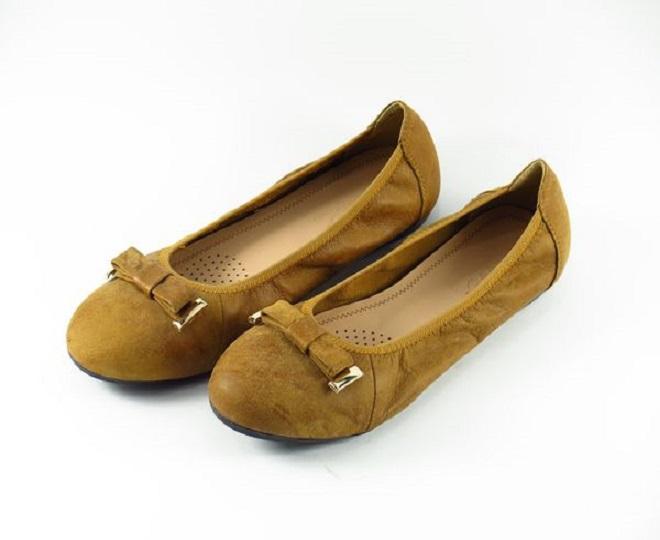 giày bệt an toàn cho bà bầu trong 3 tháng đầu