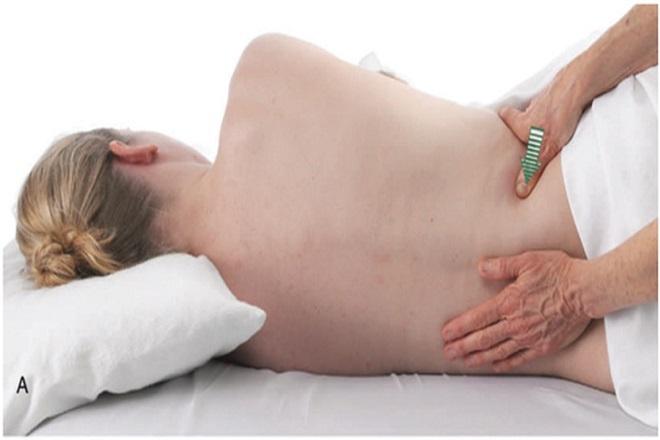 massage giúp giảm đau nhanh vùng xương chậu cho mẹ bầu