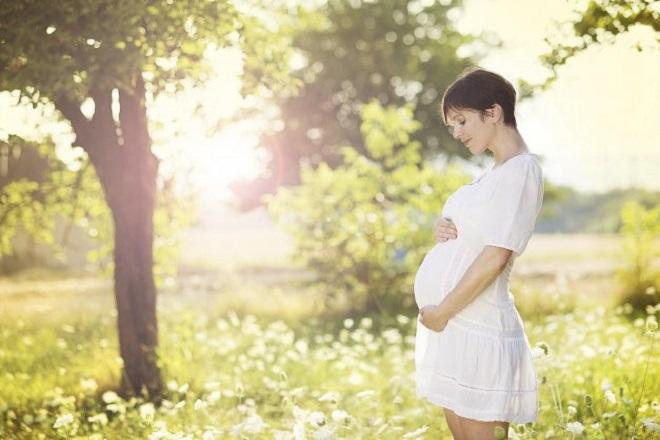 ngắm cảnh đẹp khi mang thai là cách thai giáo hiệu quả