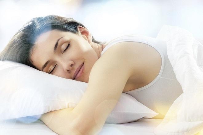 giấc đủ giấc giúp giảm mỡ bụng sau sinh