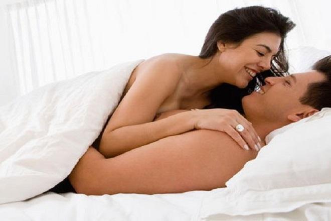 quan hệ tình dục tuần cuối nên xuất tinh ngoài