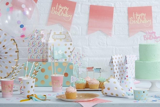 Trang trí tiệc sinh nhật cho bé 2 tuổi