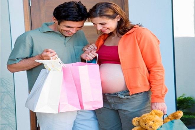 bà bầu mua sắm quần áo sơ sinh trong tuần 21