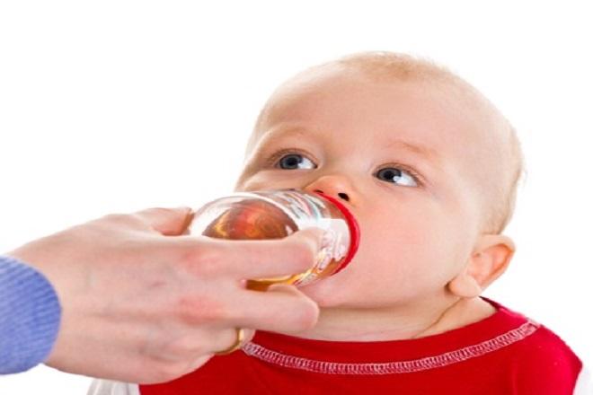 trẻ sơ sinh 5 tháng tuổi bị sốt