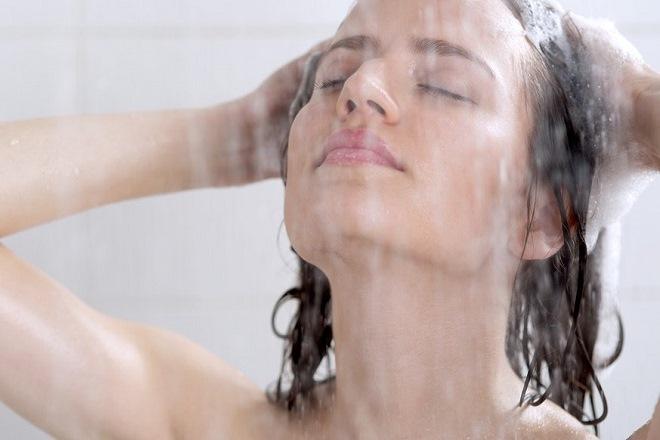 cách tắm sau khi sinh