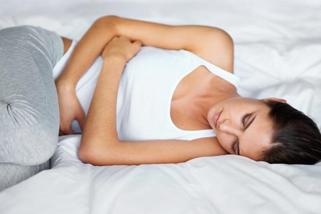 đau bụng sau sinh mổ 1 tháng xuất phát từ nhiều nguyên nhân