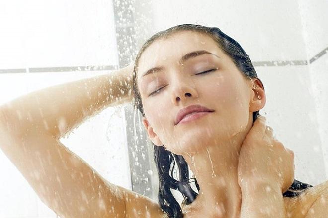cách tắm và xông hơ sau sinh