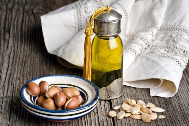 cách dùng dầu argan dưỡng da