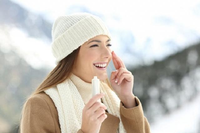 cách dưỡng da mùa đông với kem chống nắng