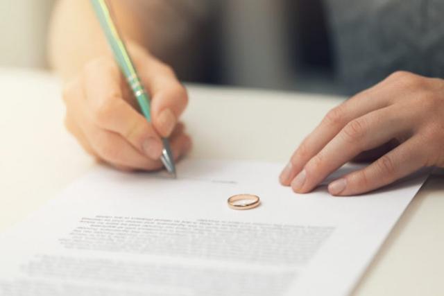 ly hôn vì ngoại tình