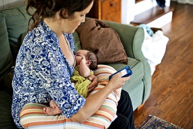 sau sinh sử dụng điện thoại