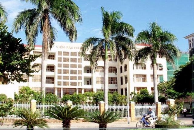 Tiêm chủng tại viện Pasteur tại Hồ Chí Minh.
