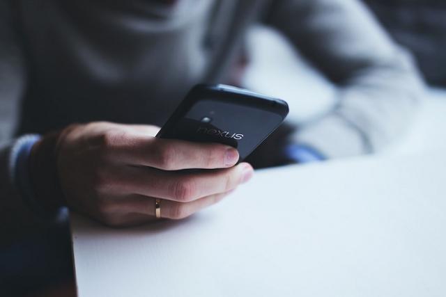 xóa tin nhắn điện thoại