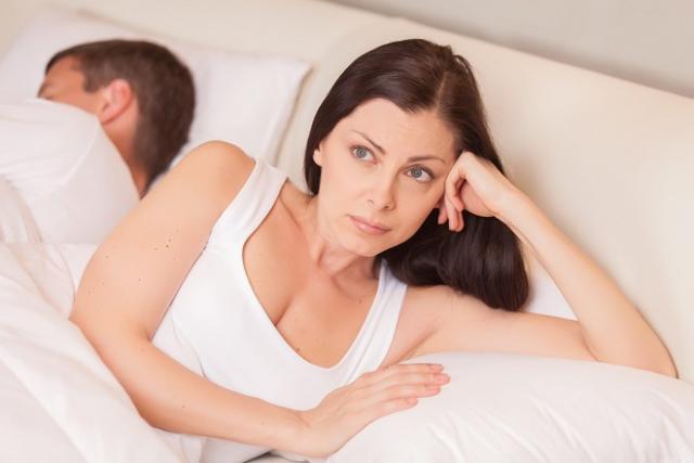 chồng ngoại tình vợ phải làm gì
