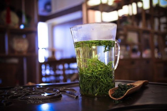 ly trà