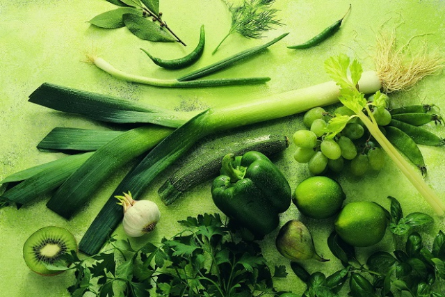 rau cải có màu xanh đậm