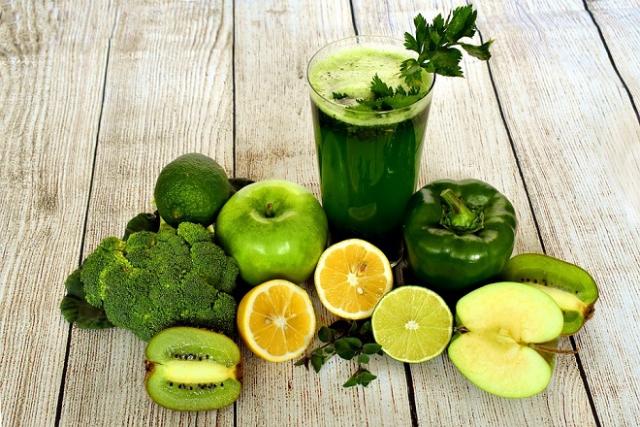 sinh tố rau củ trái cây