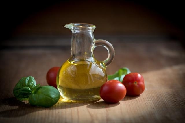 cà chua và oliu