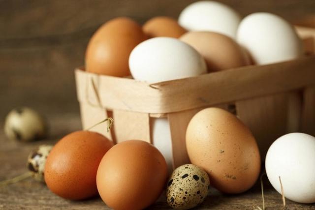cách dưỡng da bằng trứng gà