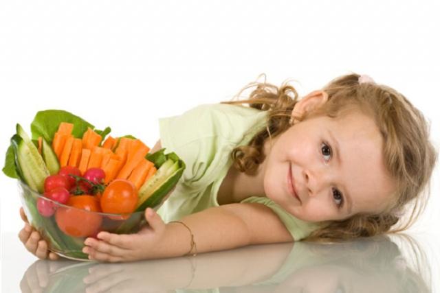 dinh dưỡng cho bé gái 3 tuổi