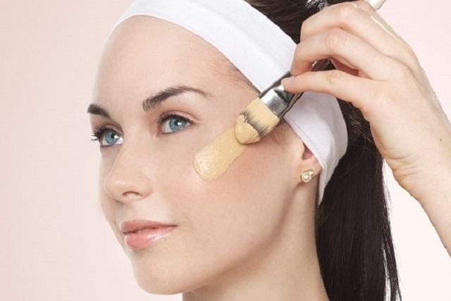 dùng kem che khuyết điểm cho da khi trang điểm không dùng kem nền