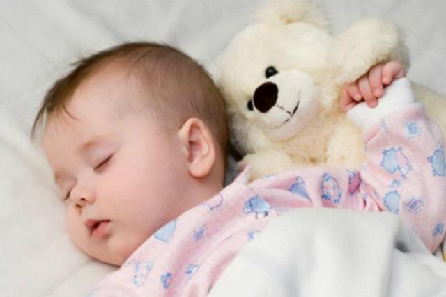 giai đoạn giấc ngủ trẻ sơ sinh