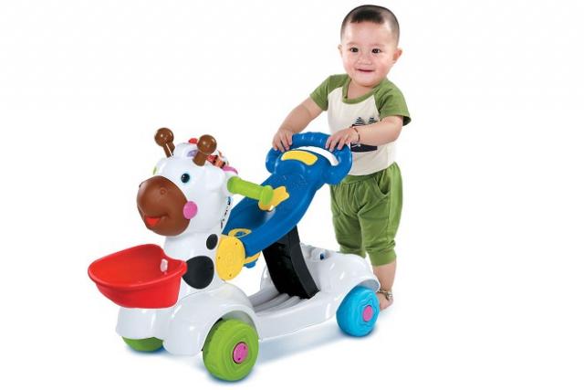 không nên lạm dụng xe đẩy tập đi cho bé