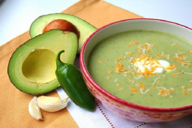 món súp bơ bổ dưỡng cho bé
