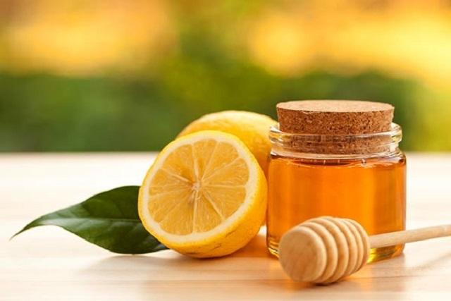 sau sinh dưỡng da như thế nào với mật ong và chanh
