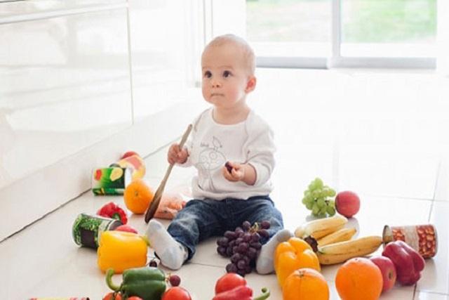 sinh tố cho bé 8 tháng