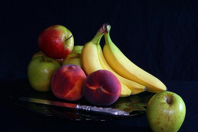 táo đào và chuối