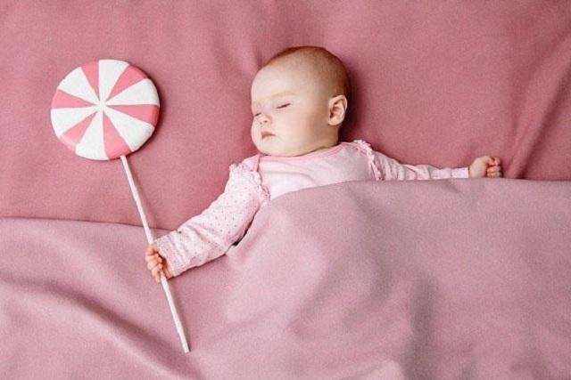 tập cho bé ngủ đúng giờ