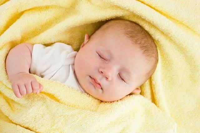 tập thói quen ngủ cho bé