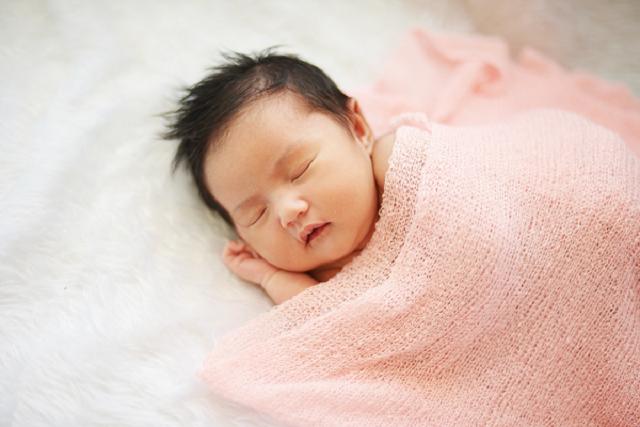 thời gian ngủ của trẻ sơ sinh