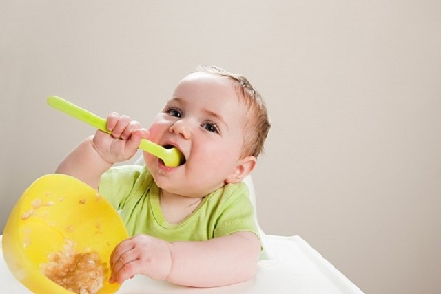 thói quen ăn uống của trẻ