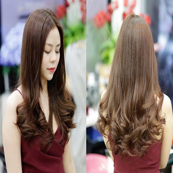 tóc uốn xoăn đuôi hàn quốc
