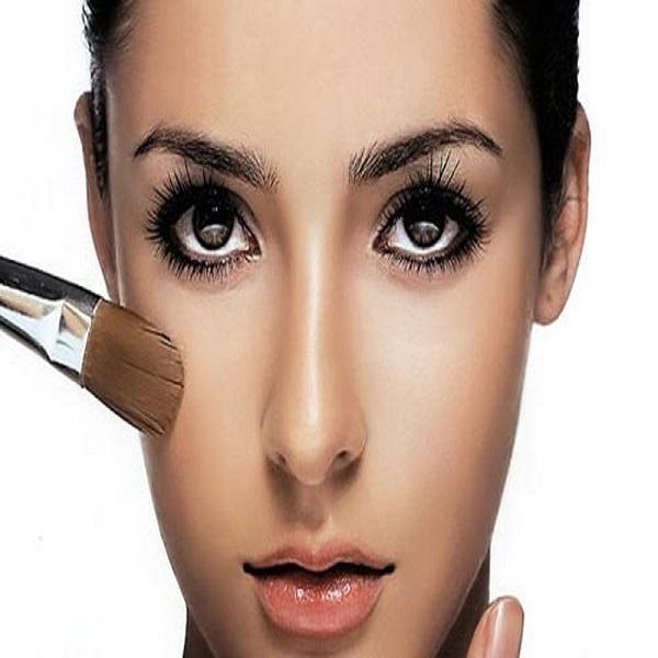 trang điểm nền cho da khi make up đi bar