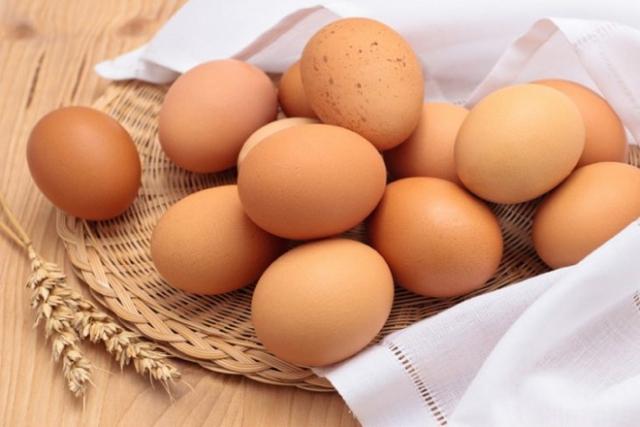 cách dưỡng da đơn giản tại nhà với trứng gà
