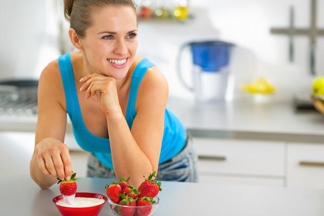 ăn sữa chua không đường đẹp da