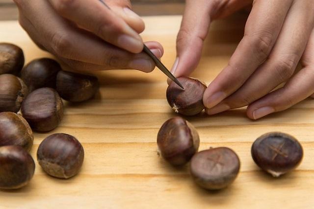 cắt trên thân hạt dẻ