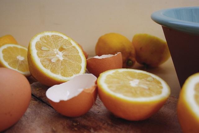chanh và trứng gà