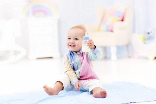 cai sữa cho trẻ từ từ