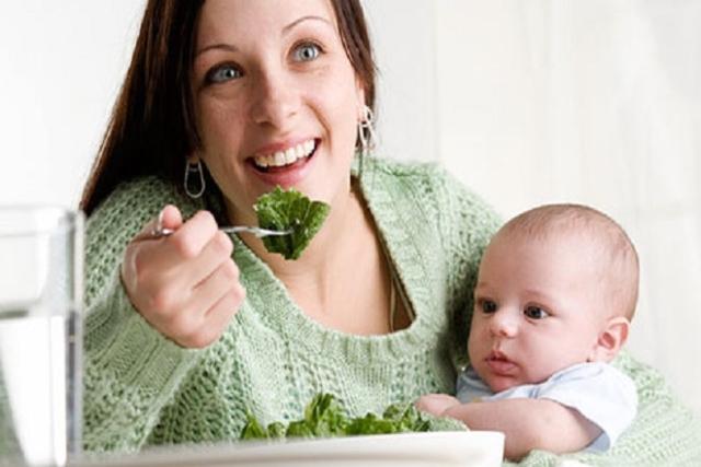 chế độ dinh dưỡng kém khiến sau sinh 1 tháng bị mất sữa