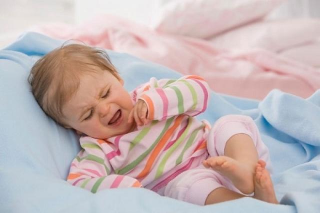 không cai sữa khi bé bị ốm