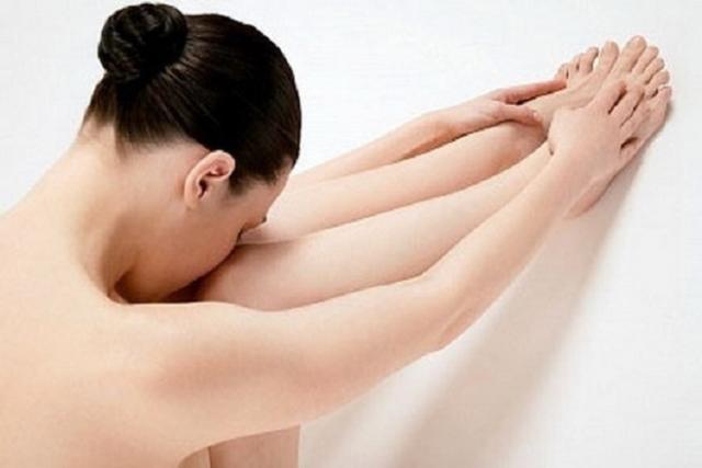 phụ nữ sau sinh vùng kín có mùi hôi