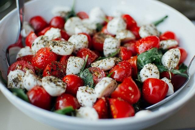 salad ca chua bi