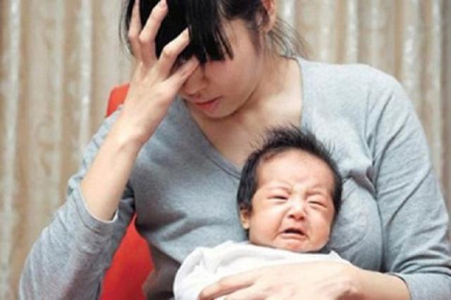 sản phụ sau sinh 1 tháng bị mất sữa