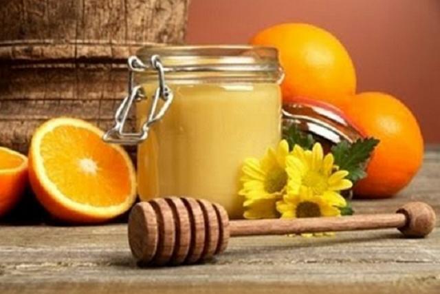 thâm đen vùng kín sau sinh nên dùng sữa ong chúa