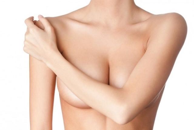 trang trí bầu ngực