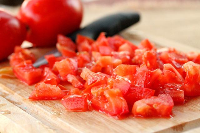 cà chua cắt nhỏ